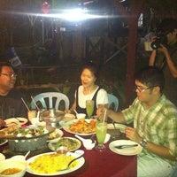 Photo taken at Restoran Sawadee 88 (Thai) by Dionne B. on 2/11/2011