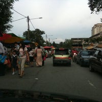 Photo taken at Pasar Malam by Stephencreation O. on 2/21/2011