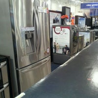 Photo taken at Best Buy by Vincent F. on 12/31/2011