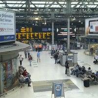 Photo taken at Edinburgh Waverley Railway Station (EDB) by kyora on 6/3/2011