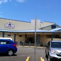 Foto tomada en KTA Super Stores por Nancy Cook L. el 7/23/2012