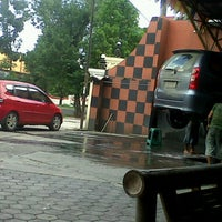 Photo taken at Kinara Car Wash by Agustinus A. on 12/24/2011