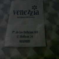 Photo taken at Venezzia by Javi B. on 10/15/2011