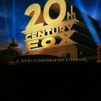 Das Foto wurde bei Cinemark von Pauls G. am 2/14/2012 aufgenommen