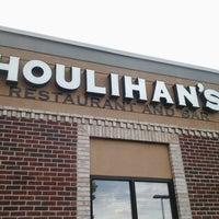Photo taken at Houlihan's by Alan K. on 6/8/2012