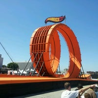 Photo taken at Hot Wheels Double Loop Dare by Erik H. on 6/30/2012