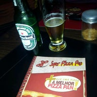 Photo taken at Super Pizza Pan by Dinho A. on 7/19/2012