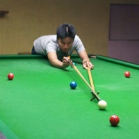 Photo taken at Cue Time Snooker by Akhmal Hakim J. on 8/6/2012