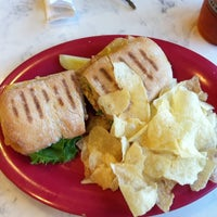 Photo taken at McAlister's Deli by 🍀MartyT🍀 on 8/20/2011