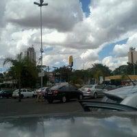 รูปภาพถ่ายที่ Garden Shopping Catanduva โดย Renê M. เมื่อ 8/20/2012
