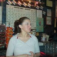 รูปภาพถ่ายที่ CC's โดย John J. เมื่อ 4/29/2011