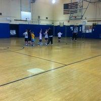 Das Foto wurde bei I.S. 51 von Anthony O. am 2/11/2012 aufgenommen