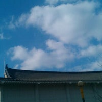Photo taken at 서울평안교회 by Sunho on 4/15/2012