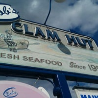Photo taken at Bob's Clam Hut by Jenn K. on 8/23/2011
