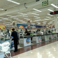 Photo taken at Carrefour by Sergio Mitsuo V. on 11/16/2011