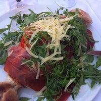 Foto scattata a Ristorante Pizzeria Smeraldo da Nic P. il 11/19/2011