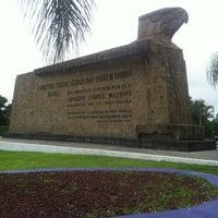 Foto tomada en Monumento Las Águilas por Victor R. el 8/26/2011