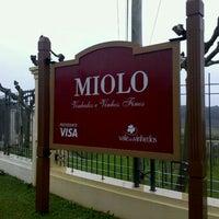 Foto tirada no(a) Vinícola Miolo por Marco Tulio Q. em 6/23/2011