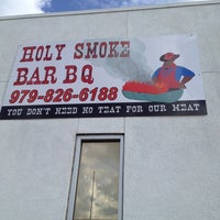 Photo taken at Holy Smoke Bar BQ by Cynthia ❤ S. on 3/15/2012