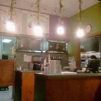 Photo taken at Mi Chong's Kitchen by Silencio B. on 6/13/2012