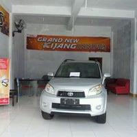 Photo taken at PT Kalla Toyota Masamba by Hamzah P. on 5/3/2012
