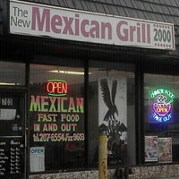 Photo prise au Mexican Grill 2000 par Eye M. le9/14/2011
