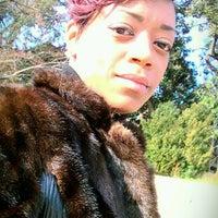 12/12/2011 tarihinde SLEEK~ziyaretçi tarafından Carter Barron Amphitheatre'de çekilen fotoğraf