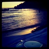 8/23/2011 tarihinde Hande Y.ziyaretçi tarafından Karina Balık Restaurant'de çekilen fotoğraf