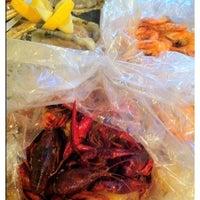 Photo taken at Hot N Juicy Crawfish by P Pam P. on 9/12/2011