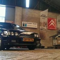 Photo taken at Voormalig Bouwbedrijf Van der Heijden Loods by Jelle J. on 7/7/2012