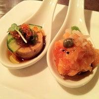 Foto scattata a Domo Sushi da Connie C. il 1/11/2012
