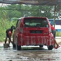 Photo taken at RSZ Carwash by Pawy on 4/17/2012