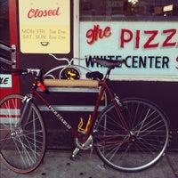 Das Foto wurde bei Proletariat Pizza von Eric T. am 8/7/2012 aufgenommen