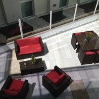 Foto tomada en Hotel La Boutique por Massimiliano P. el 4/27/2012