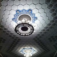 Снимок сделан в Кинотеатр «Киев» пользователем Alex F. 6/3/2012
