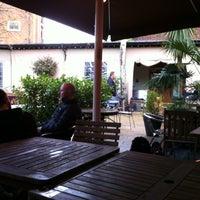 4/15/2012 tarihinde Rise Guideziyaretçi tarafından The Garden Gate'de çekilen fotoğraf