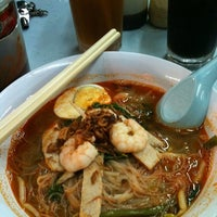 Photo taken at 三兄弟面档 Mee Babi by Vency L. on 4/28/2012