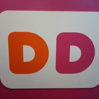 Photo taken at Dunkin' Donuts by Richie B. on 8/2/2012