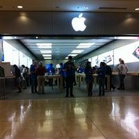 Photo taken at Apple Store by Kathleen B. on 7/20/2012