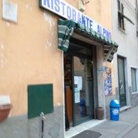 รูปภาพถ่ายที่ Ristorante Alpino โดย Massimo B. เมื่อ 4/1/2012