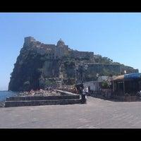 Foto scattata a Castello Aragonese da Vitaly P. il 8/4/2012