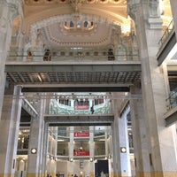 Foto tirada no(a) Palacio de Cibeles por Mathias H. em 4/14/2012