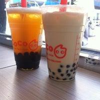 Das Foto wurde bei CoCo Fresh Tea & Juice von Jerica C. am 3/14/2012 aufgenommen