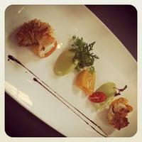 Foto scattata a Schmidt's Restaurant da Andreas S. il 9/13/2012