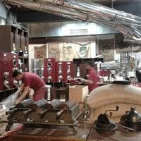 Das Foto wurde bei Kaffeerösterei Speicherstadt von Nadia *. am 9/5/2012 aufgenommen