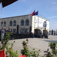 Photo taken at Eminönü - Kabataş - Karaköy Vapur İskelesi by Servet T. on 5/27/2012