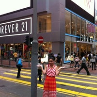 Photo taken at Forever 21 by Roger M. on 7/18/2012