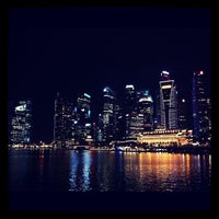 Photo prise au Marina Bay Downtown Area (MBDA) par ampfer le3/8/2012