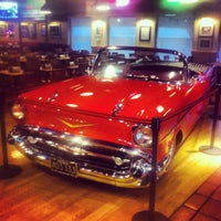 Photo taken at Fuddruckers by Ossi T. on 7/9/2012