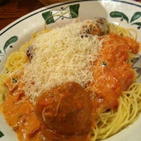 Photo taken at Olive Garden by Rico E. on 8/30/2012